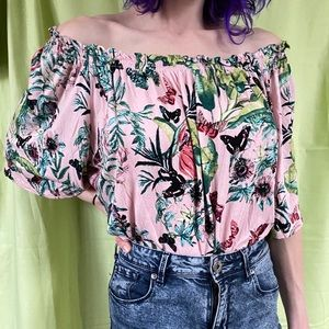🦋H&M butterfly top🦋
